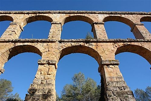 Acquedotto Tarragona in Spagna.jpg